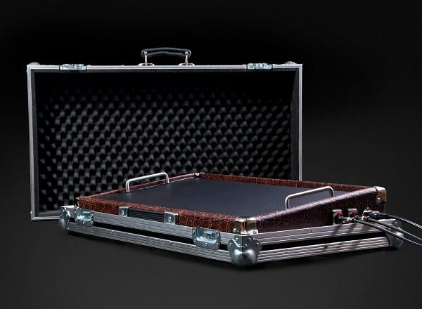 1000 images about pedalboard project on pinterest storage chest cases and japanese joinery. Black Bedroom Furniture Sets. Home Design Ideas