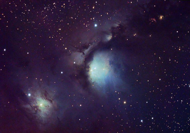 Na vasto complexo da Nuvem Molecular de Orionte, algumas nebulosas de reflexão azuis são particularmente aparentes. Aqui estão duas das mais proeminentes nebulosas de reflexão - nuvens de poeira iluminadas pela luz reflectida de brilhantes estrelas embebidas. A nebulosa mais famosa é M78, no canto superior direito, catalogada há mais de 200 anos atrás. No canto inferior esquerdo está a menos conhecida NGC 2071.: Reflection Nebulas, Famous Nebula, Dust Clouds, Cloud Complex, Clouds Lit, Bright Blue