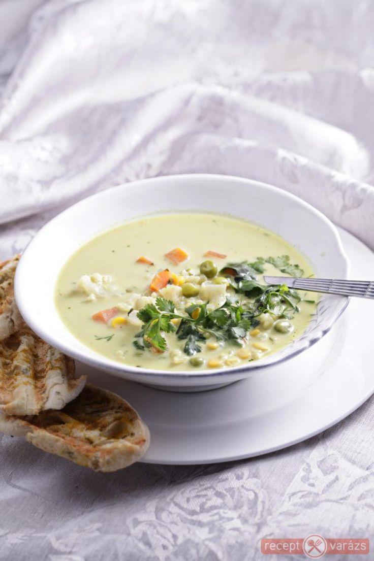 Gyors zöldségleves curryvel recept Készítsd el akár 2, vagy 12 főre, a Receptvarazs.hu ebben is segít!