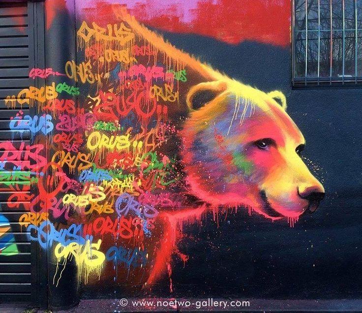 Pauvres ours, on vous en fait voir de toutes les couleurs ! / Street art. / Street Art. / By Noe two.