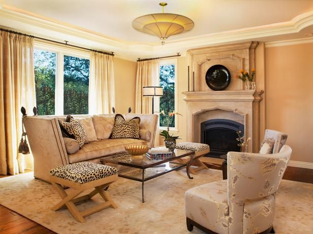 Traditional Living-rooms from Laura Larkin on HGTV