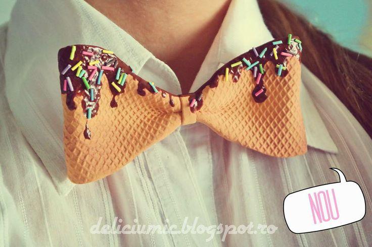 "Papion unisex: ""Chocolate Waffle Bow Tie"""