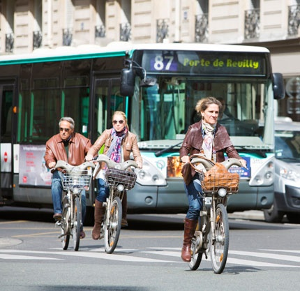 Our latest French news! Tous à vélo ! - Mary Glasgow Magazines