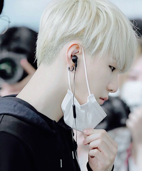 Kpop boy | White hair | Korean guy | Short hair | BTS | Character inspiration