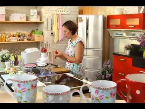 Сицилийский завтрак: клубничная гранита с хлебом бриошь