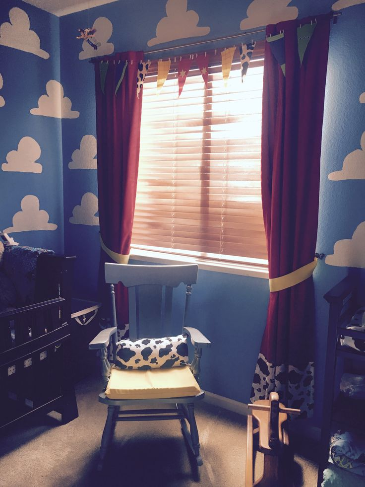 Toy Story Nursery DIY curtain