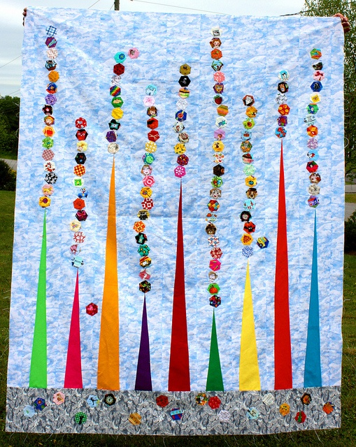 I Spy Planet Hexy Quilt Top by Riel -- The Q and the U, via Flickr