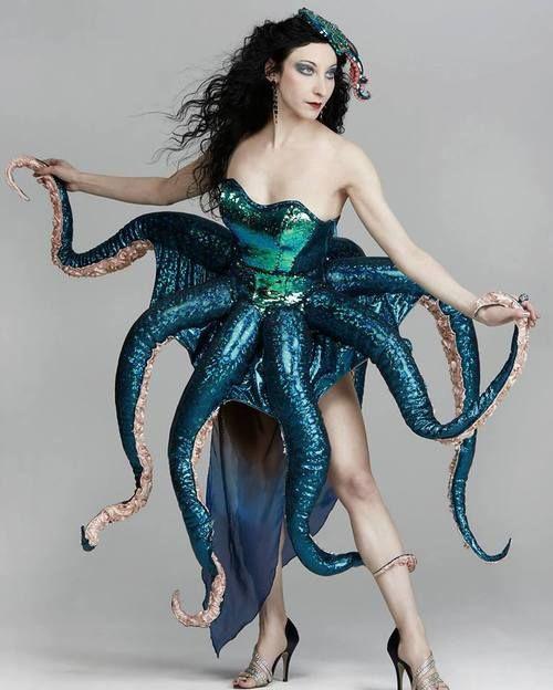 Octopus Burlesque (c)Cassandra Rosebeetle
