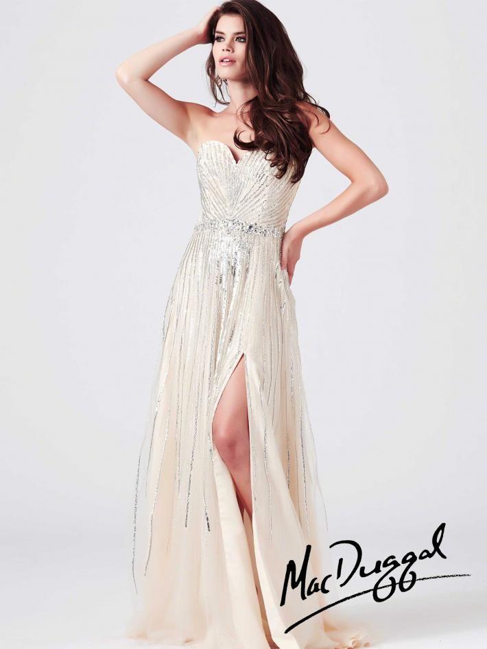The 52 best Prom Dresses :) images on Pinterest | Classy dress ...