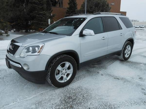 2011 GMC Acadia - Loaded! NAV-DVD-Leather Quads-low 21K mi; remote start - 29 (Plymouth);