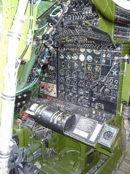 Tupolev Tu-95RTs Bear D - Flight Engineer's Station