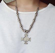Collar cruz  https://www.facebook.com/pages/BERTA/882394951802658?fref=ts