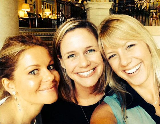 Candace Cameron Bure, Jodie Sweetin and Andrea Barber Pose for Cutest Selfie Ever on Fuller House Set  Fuller House, Candace Cameron Bure, Andrea Barber, Jodie Sweetin