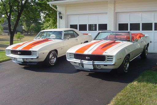1969 Chevrolet Camaro ultimate pair? A Camaro convertible RS – SS / Rally Sport – Super Sport Indy 500 Pace Car (Z11 option code) and a rare Z10 option coupe (duplicate Indy Pace Car striping – estimated 250-500 built).