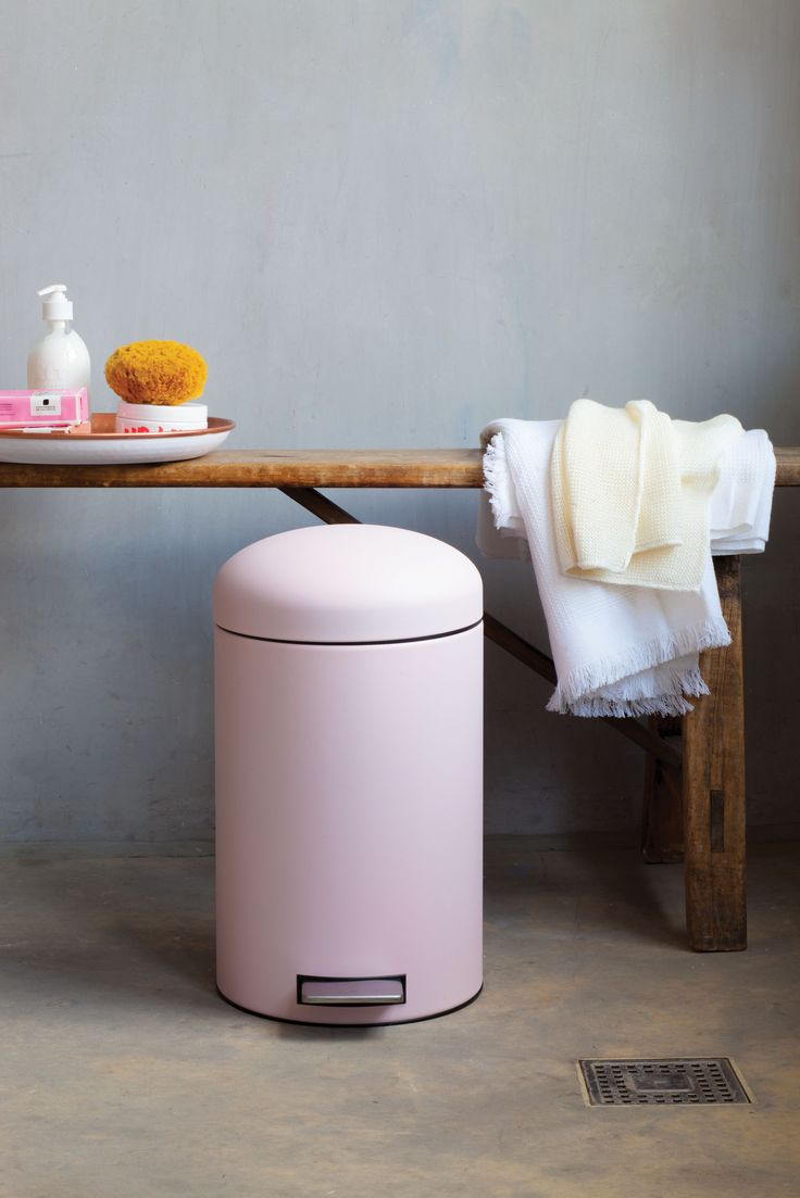 Beautiful Retro Bin, 12 Litre - Mineral Pink.