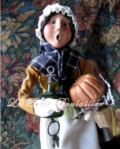 Byers' Choice Specialty Thanksgiving Caroler ~ 'The Williamsburg Tavern Keeper' ... in my shop now!