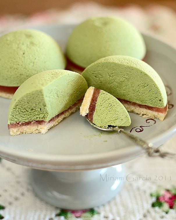 Matcha tea mousse cakes - looks interesting; done in a bombe mold w strawberry jelly? maybe gona modify the strawberry part a little lol-