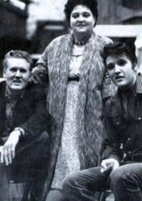Elvis and his parents.