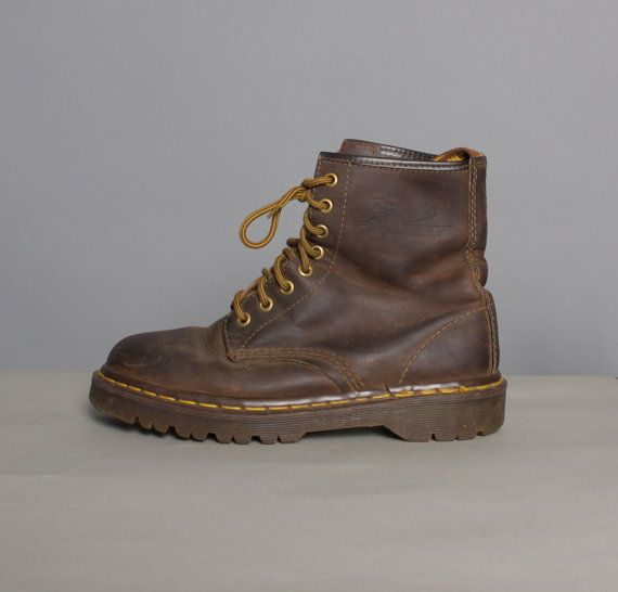 classic vintage brown distressed doc martins boots
