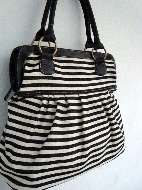 Love the stripes!: White Denim, Travel Bags, Diapers Bags, Women Handbags, Women Bags, Totes Bags, Black White, Denim Handbags, Stripes