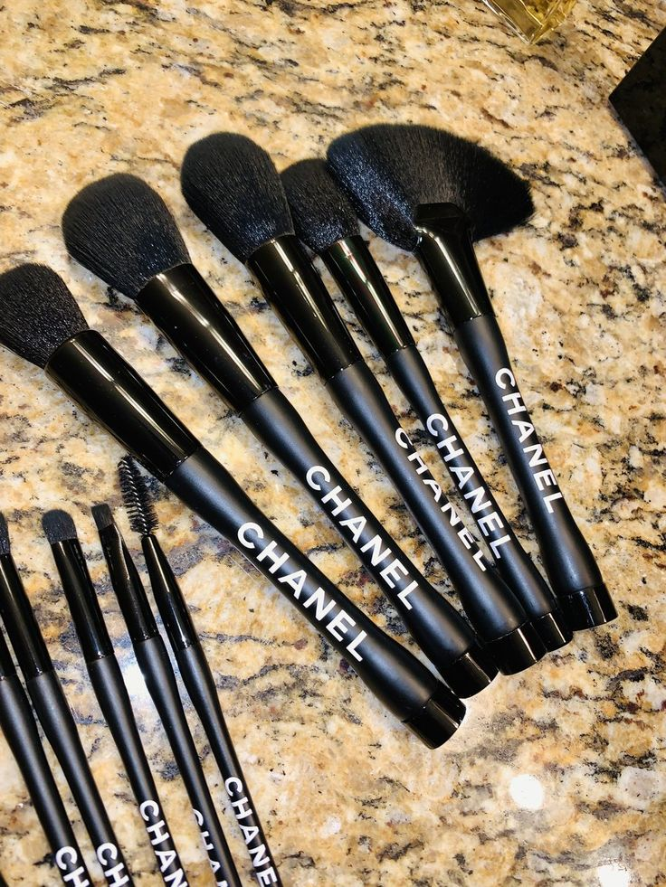 Chanel Makeup Brush 12pc Set Black 1 Giant Shoe Boxes