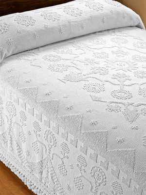 Grandmother's Fringed Hobnail Bedspread: Tradition At Its Best