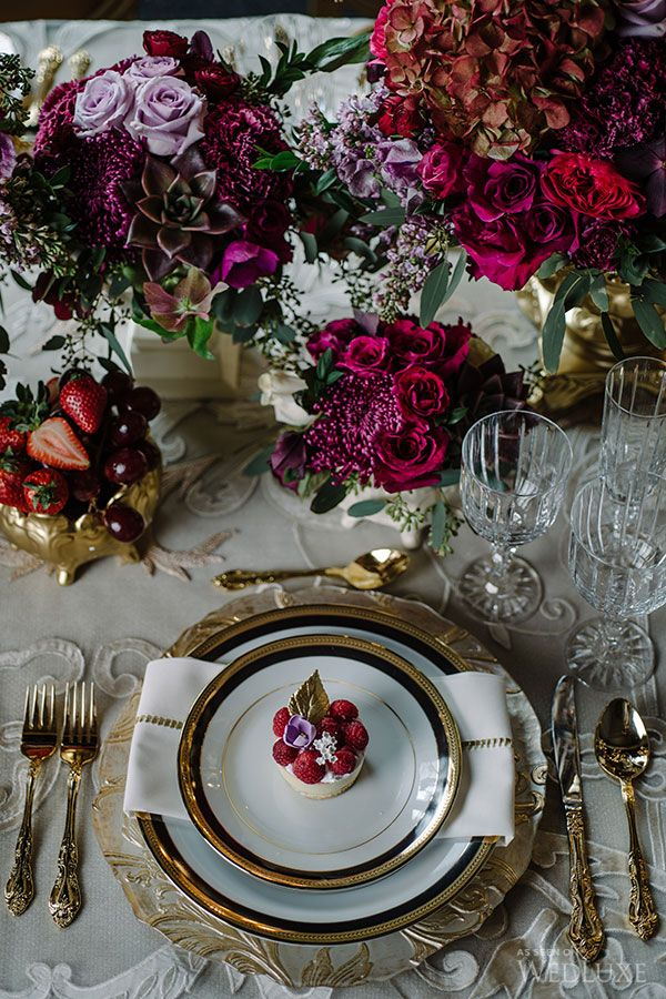 WedLuxe– Dramatic Jewel Tones | Photography by: Mimmo & Co.  Follow @WedLuxe for more wedding inspiration!