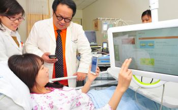 ICT-Powered HealthCare in Korea - Medical services are expected to gradually evolve to a more patient-friendly and personalized system, as ICT and mobile platforms offer customers and patients convenient access to medical care and health management. This convenience extends not only to the patients, but also to medical professionals, as better guidance provided for patients without additional manpower results in more efficient operation of hospitals.