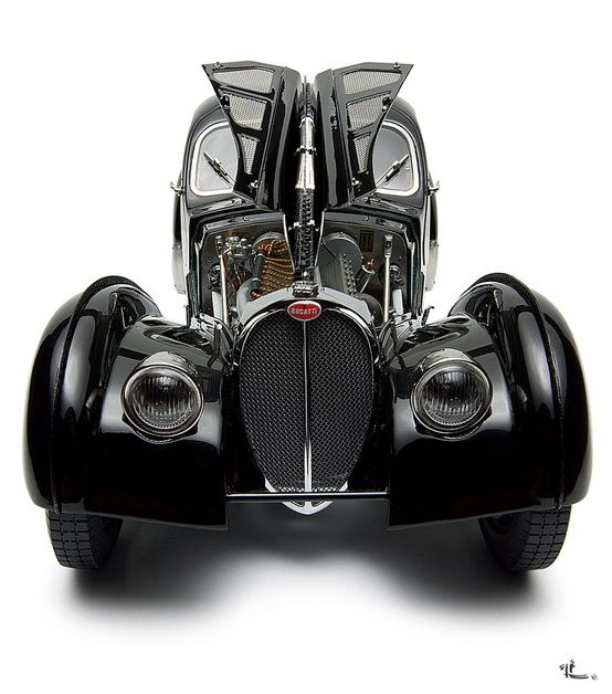 Bugatti type 57 SC Atlantic Coupe... One of the most phenomenon cars ever made.