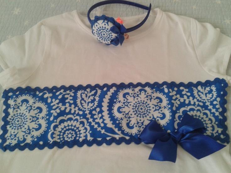 Cenefa flores en azulino
