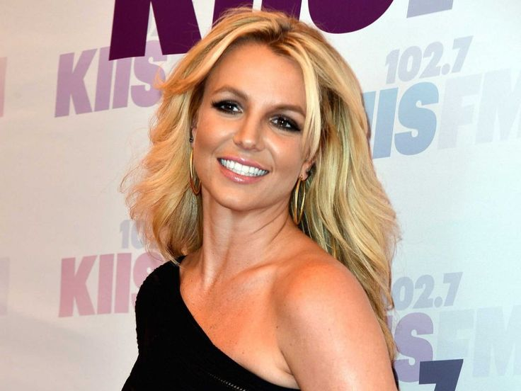 Britney Spears | Britney Spears Releases New Squeaky-Clean Single 'Ooh La La'