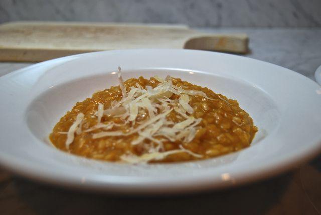 Risotto alla zucca.  Butternut squash risotto.  http://duespaghetti.com/2013/11/09/risotto-alla-zucca-butternut-squash-risotto/