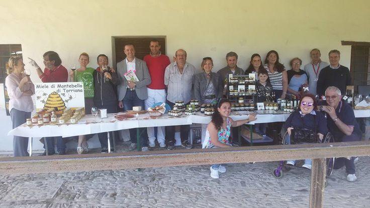 Gruppo #food in posa al Mulino Sapignoli