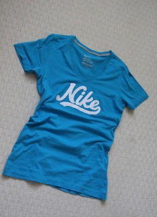 Kupuj mé předměty na #vinted http://www.vinted.cz/damske-obleceni/tricka/12547043-damske-modre-tricko-nike