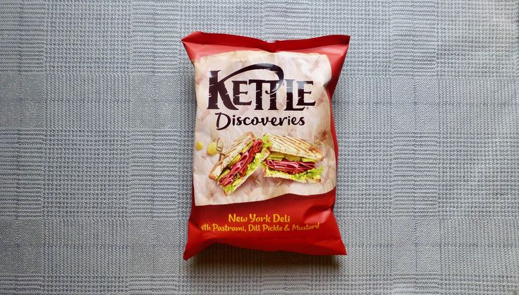 NEW REVIEW: Kettle Discoveries are all about snazzy flavours that are inspired from near & far. New & inspired by the Big Apple are these Kettle Discoveries New York Deli