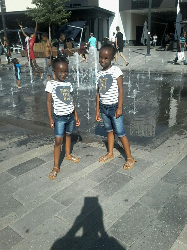 With my gieprls at Mall of a Africa