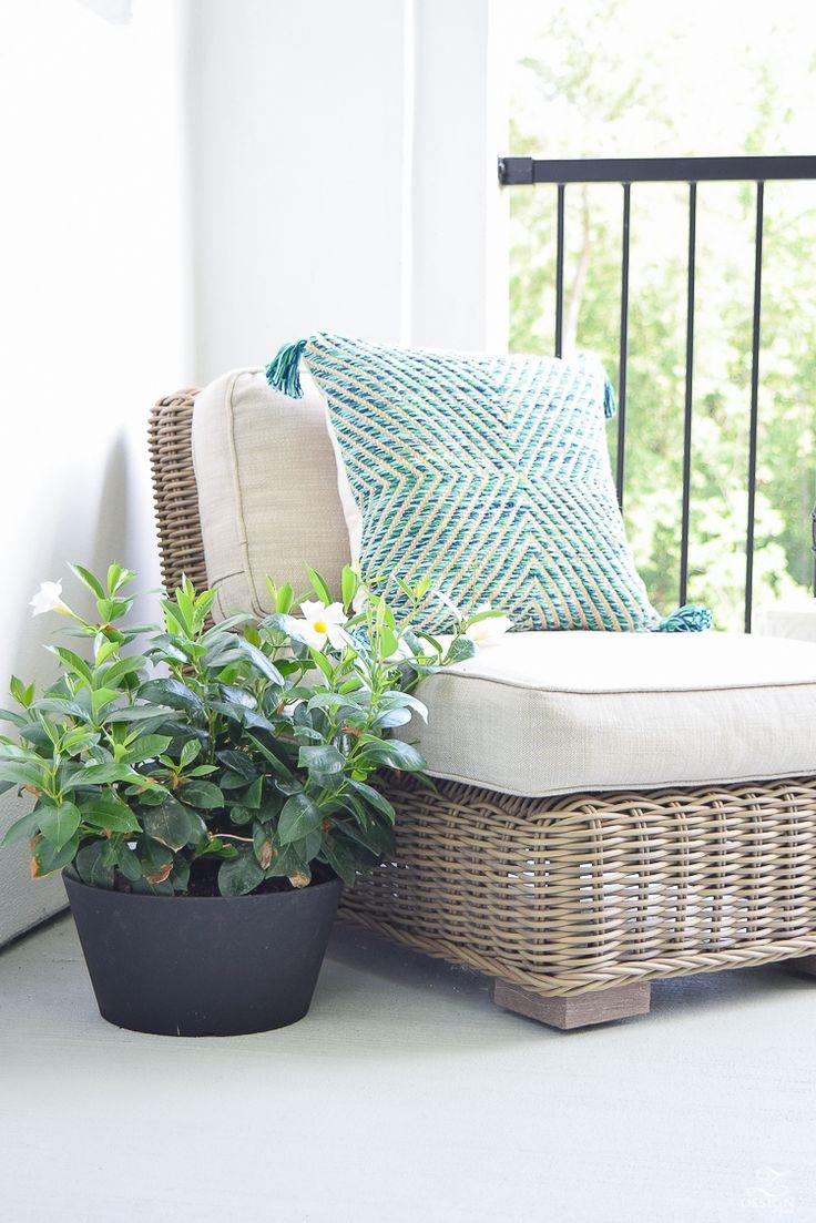 25 Best Ideas About Outdoor Sofas On Pinterest Pallet