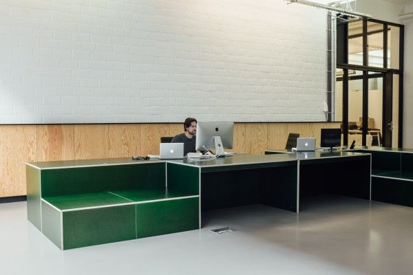 Atelier Dialect, Antwerp desk space in green betonplex