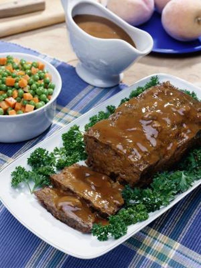 How to Cook Meatloaf Without Bread