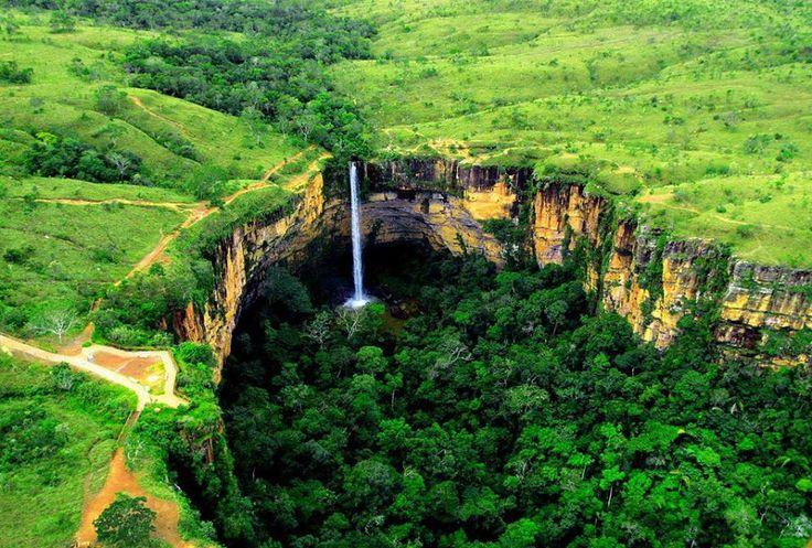 Egy csodálatos vízesés: Guimaraes vízesés, Brazília