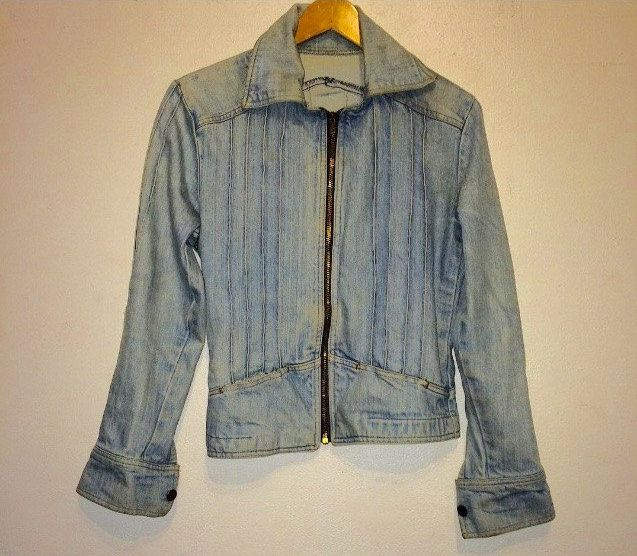 Vintage, 1970's women's denim motorcycle jacket. Zips up. Ribbed. Very rare design. Size Medium. by TamarMichelle on Etsy