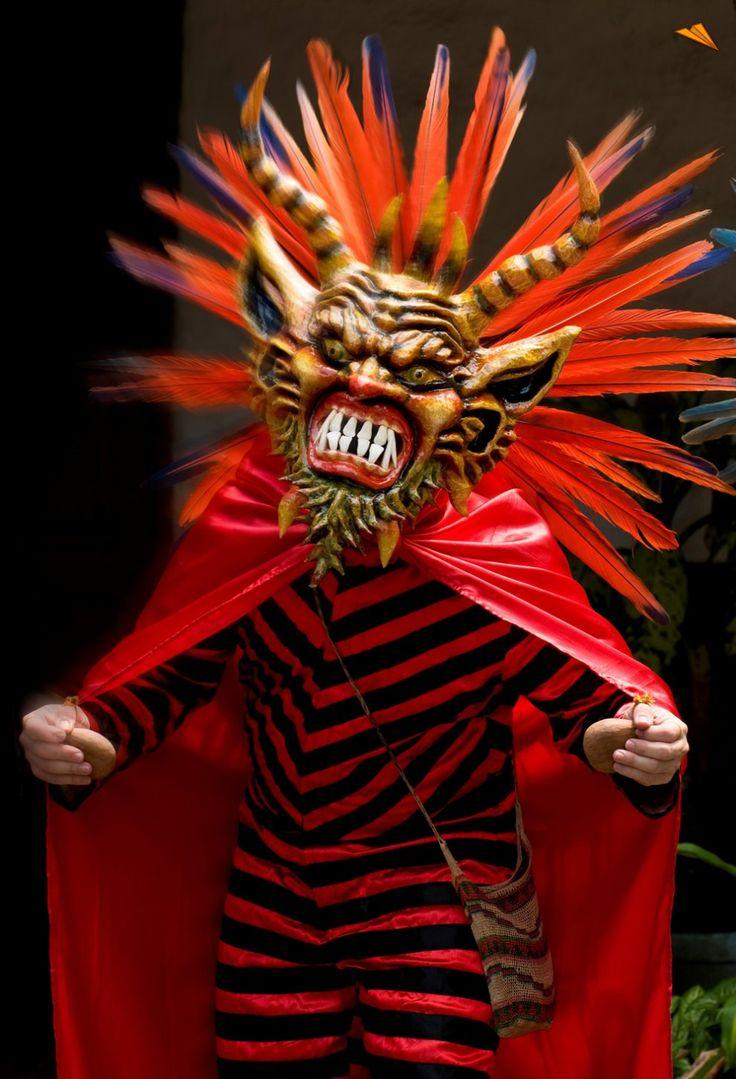 Danza de Diablicos Sucios. Fotos de viajes.