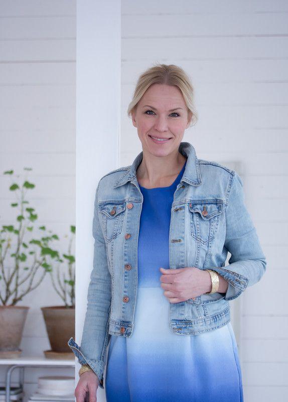 Jeanette Lunde / byFryd for Fargerike - i butikk fra 15.april (og da tenker vi selvfølgelig på tapetene, ikke kvinnen ;))