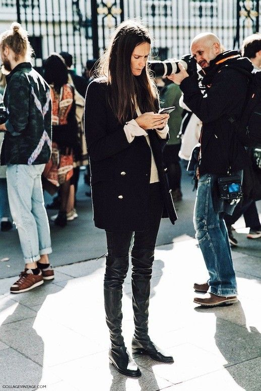 A Classic Street Style Take On Over-The-Knee Boots | Le Fashion | Bloglovin'
