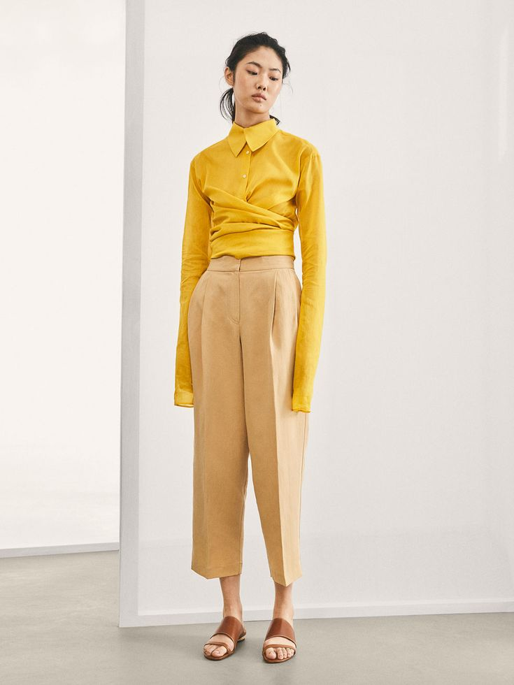 Fall Winter 2017 Women´s LIMITED EDITION COTTON WRAP SHIRT at Massimo Dutti for 140. Effortless elegance!