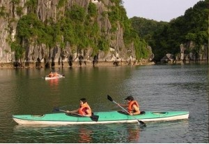 Trekking around mountain and visiting local market of ethnic people and staying in stilt house will leave wonderful memories with minority people. With 8 days is enough for exploring specific of Northern Vietnam nature, history, and homestay as well as trekking. With limited time you can have customize tour how to suit with your reasonable plan in Ha Noi, Ha Long Bay and Sapa trekking.