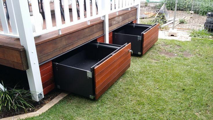Storage drawers that match your existing building deck for Planos de carpinteria