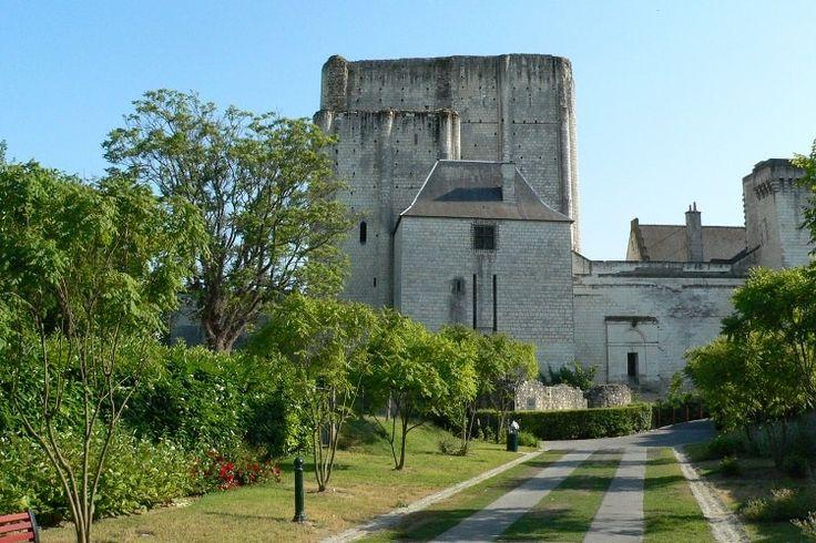 Cité Royale de Loches : Touraine, entre vignobles et châteaux - Linternaute