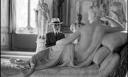 """Fino al 7 febbraio 2016 Palazzo della Ragione Fotografia a #Milano ospita la #mostra """"Henri Cartier-Bresson e gli altri. I Grandi fotografi e l'Italia""""."""