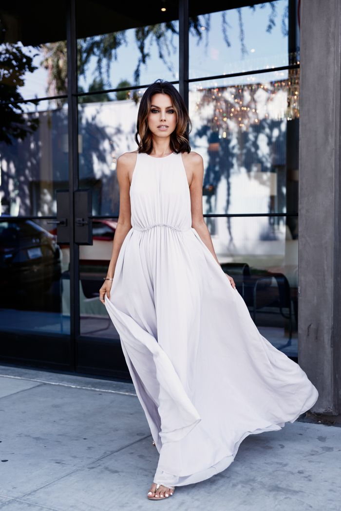 Maxi dress – Whether in a solid colour like lilac or bold bohemian-print, this look will take you form day to night simply by swapping your shoe choice from flats to heels.